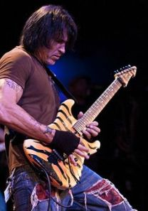 GEORGE LYNCH SACRED 3